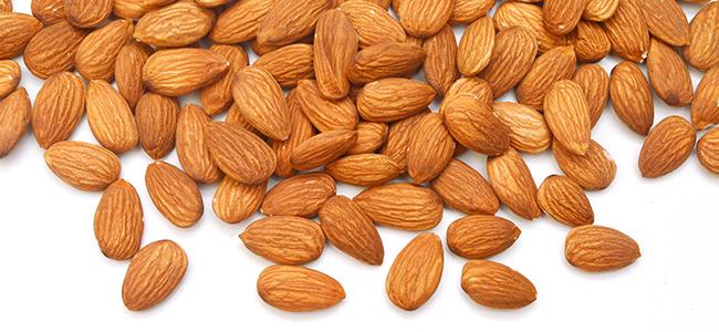 Almonds – ประโยชน์ต่อสุขภาพช่วยย่อยอาหารได้ดีขึ้นและผิวเรียบเนียน!